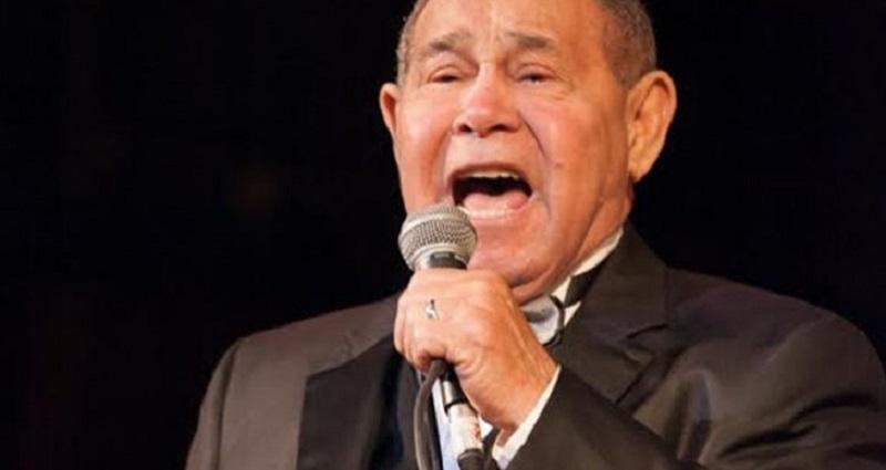 Murió Memo Morales en pleno escenario
