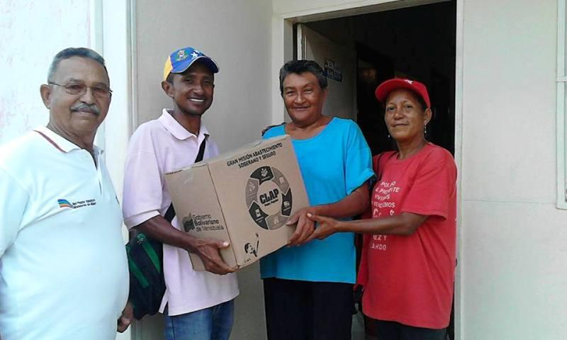 Consejos Comunales mercedenses reciben la caja de alimentación