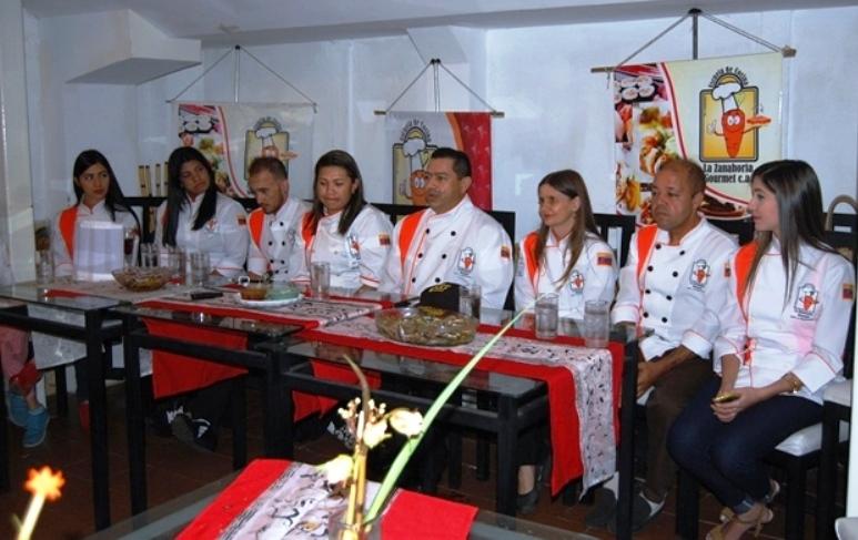 Escuela de Cocina La Zanahoria Gourmet ofreció rueda de prensa para lo que será la certificación de los futuros chef