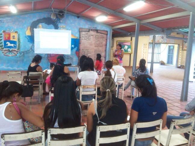 Dictan micro taller La Redacción Periodística
