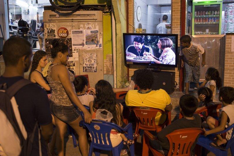 Actor brasileño José Mayer se disculpa por acoso sexual