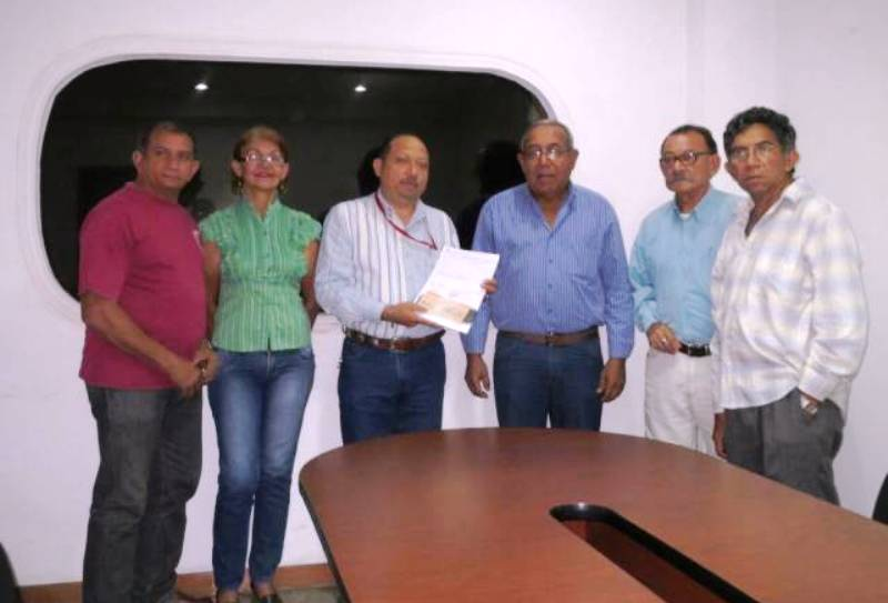 Gobierno de Infante entrega aportes económicos a fundaciones