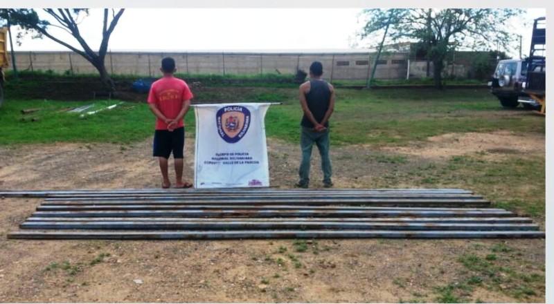 Detenidos dos sujetos por robar material de la Gran Misión Vivienda