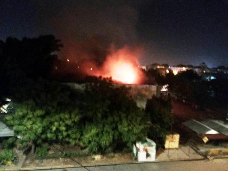 Saqueos e incendio en Inces de La Isabelica