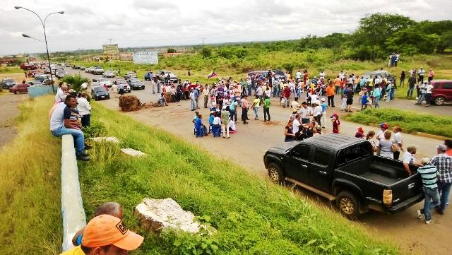 "Este miércoles oposición realizará ""plantón"" nacional"